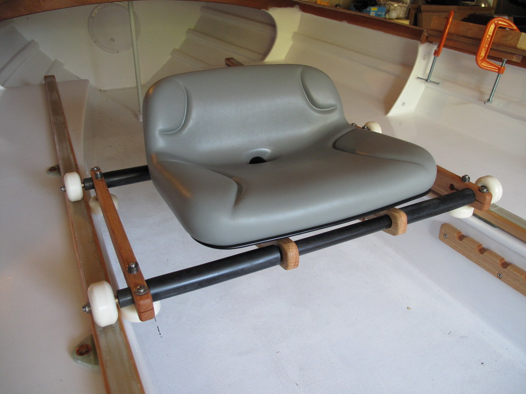 Sliding seat installed | The greased-bearing skate wheels ri… | Flickr