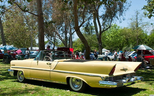 1957 lincoln premiere convertible with top down yellow. Black Bedroom Furniture Sets. Home Design Ideas