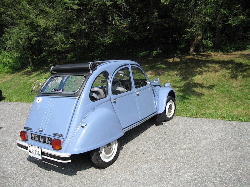 citroen 2cv celeste blue 2 more photos of the citroen. Black Bedroom Furniture Sets. Home Design Ideas