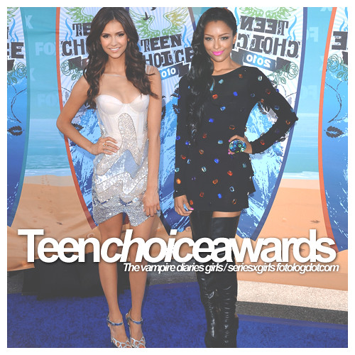 Nina Dobrev and Katerina Graham TCA 2010 | Nina Dobrev and K ...