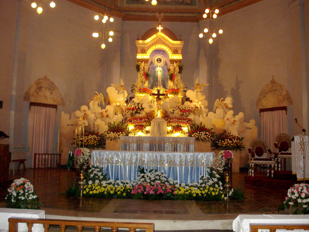 The altar of dauis church decorated for the solemnity of t for Decor st