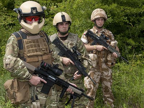 British Army Future Soldier Left To Right Future