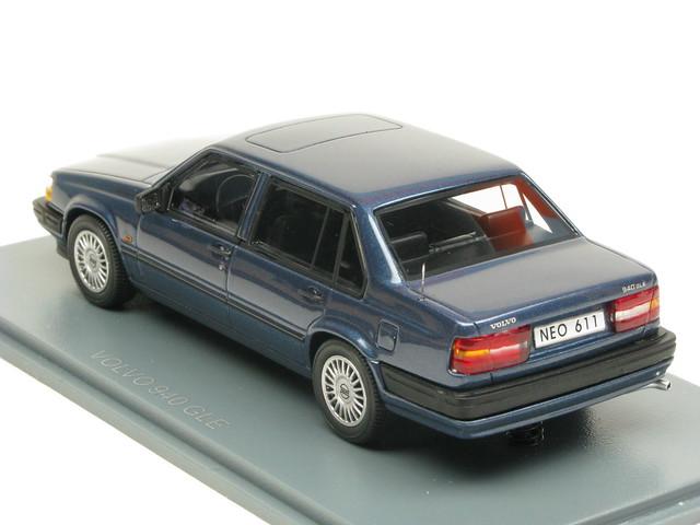 volvo 940 gle dark blue metallic neo scale models. Black Bedroom Furniture Sets. Home Design Ideas