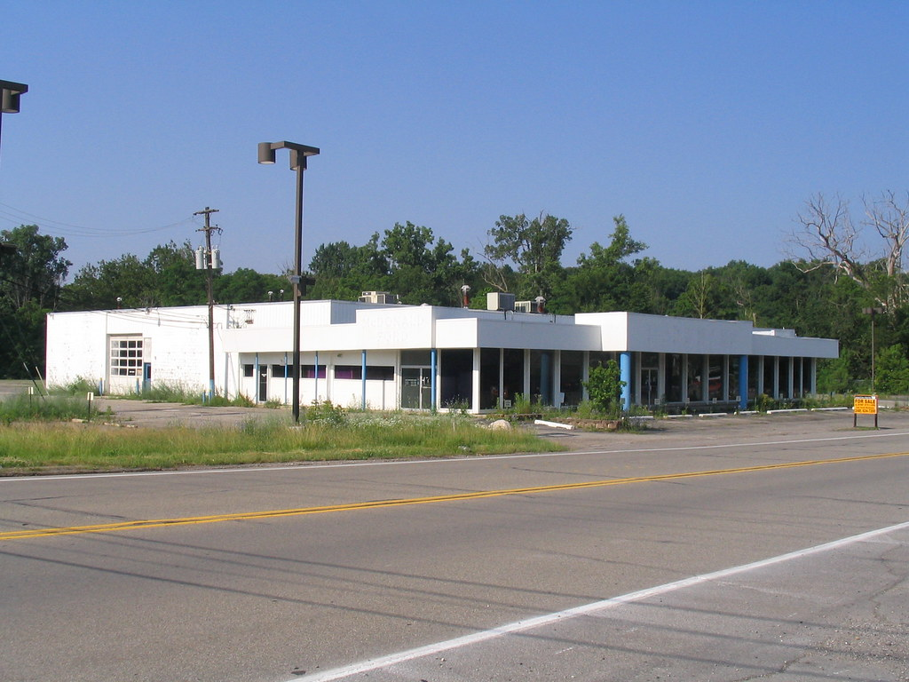 Mcdonald Ford Freeland Mi >> Abandoned Ford dealership, Northville, MI | McDonald Ford ...