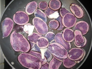 2010.184 . Purple Taters | by pipilo