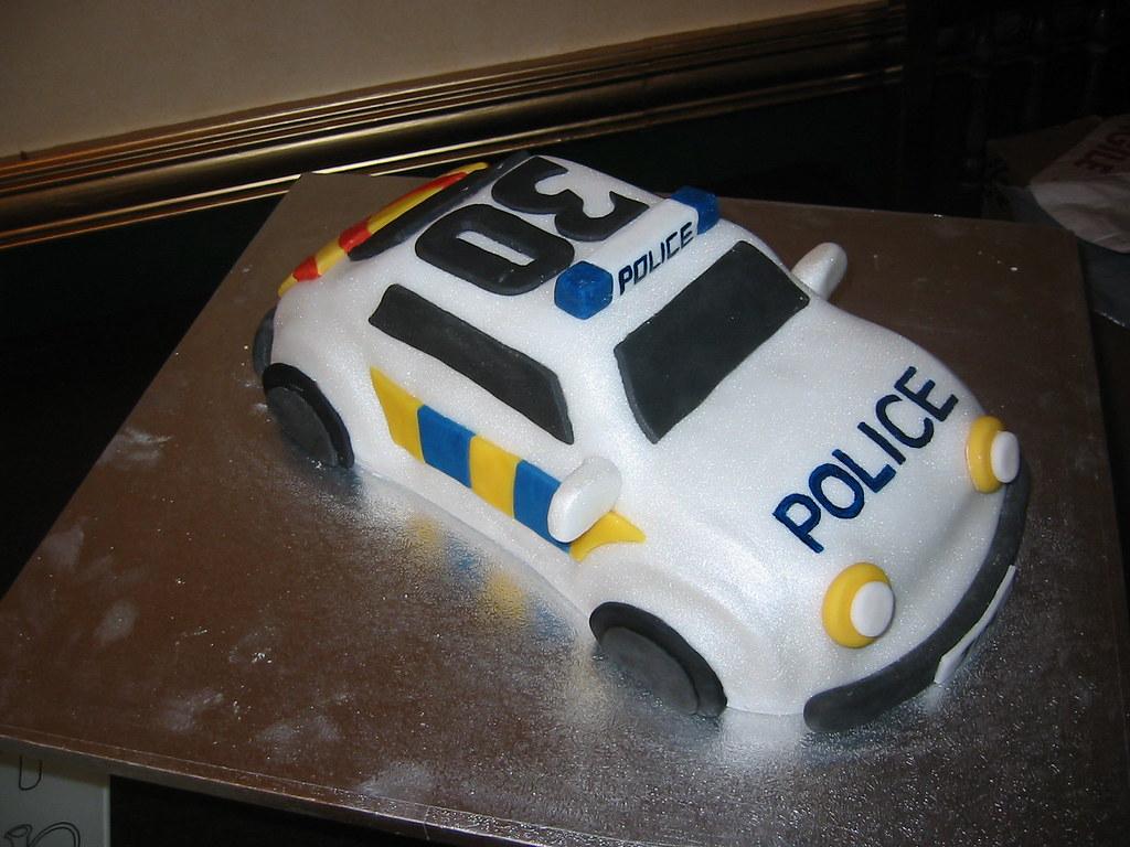 Police Car Cake Design : Police car cake Rebecca Rhodes Flickr
