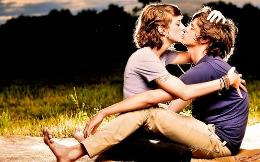 Lovers Kisses Images Kiss-love-couples-lovers
