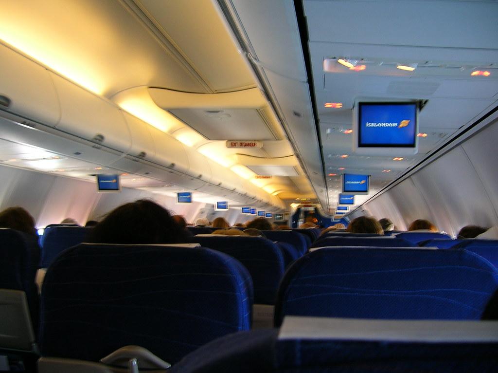 30/114. //60g/4c/421/1.f - Inside an Icelandair Plane 2006 ...