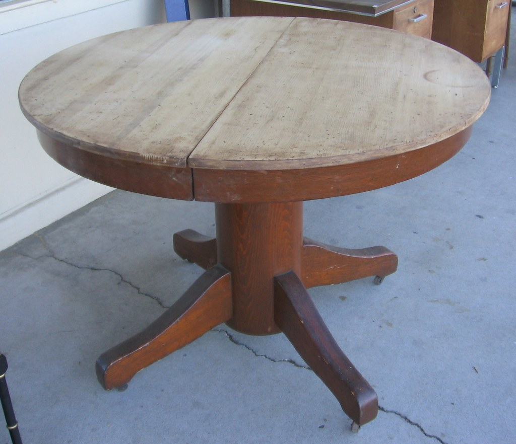 Round Dining Room Tables Restoration Hardware