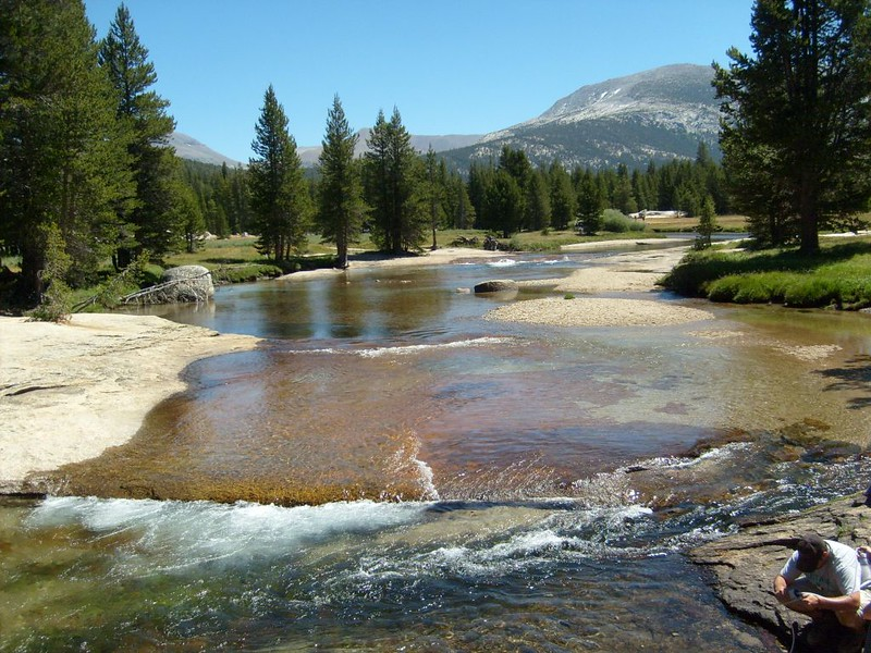 The Lyell Fork of the Tuolumne River flowing over granite slabs in Lyell Canyon