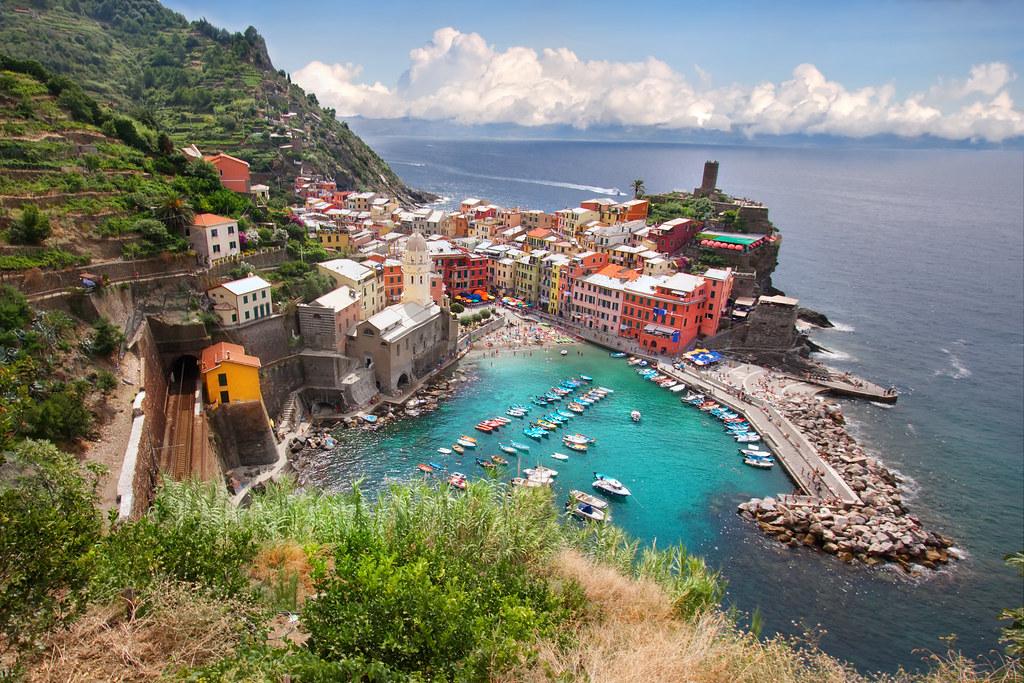 39 seaside port 39 italy cinque terre vernazza portfolio for Hotels 5 terres italie