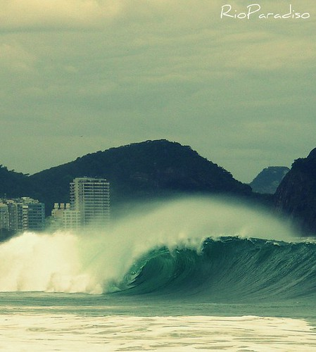 Copacabana BreakingWave | by Photography and Design by Thales Anibal Jardim
