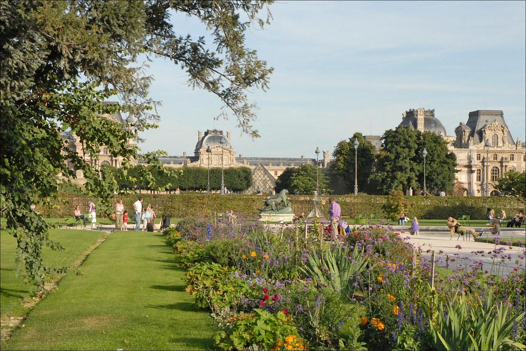 Le jardin des tuileries le jardin des tuileries est le for Le jardin 3d