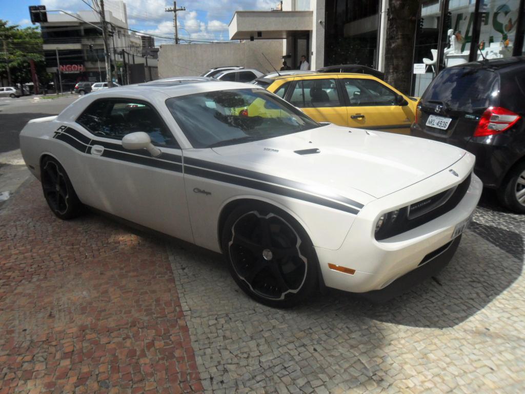 Dodge Challenger R T Motor 5 7 Hemi V8 Com 400 Hp