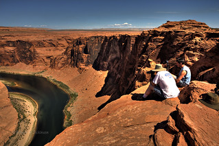 The Guys Photographing Horseshoe Bend in HDR | by eoscatchlight