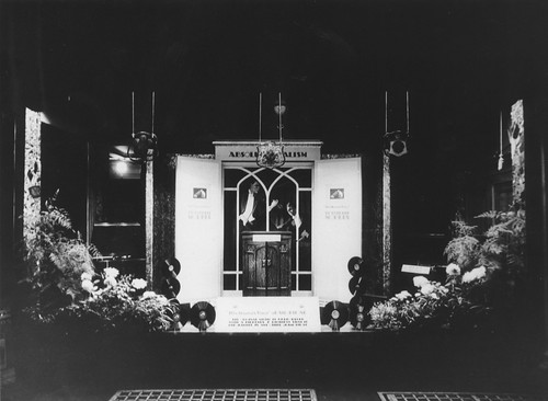 hmv 363 Oxford Street, London - Absolute Vocalism Window Display 4th September 1928