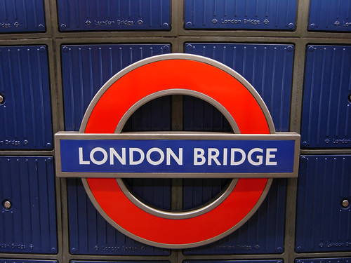 London Bridge Roundel