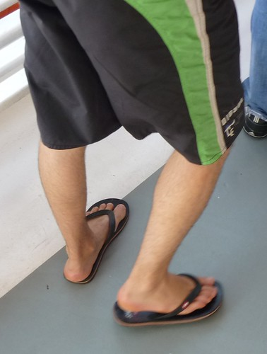 Istanbul guy with Flipflop | by feetsgood