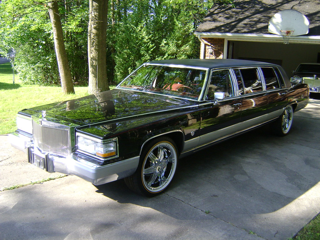 92 Cadillac Limo Custom Update 014