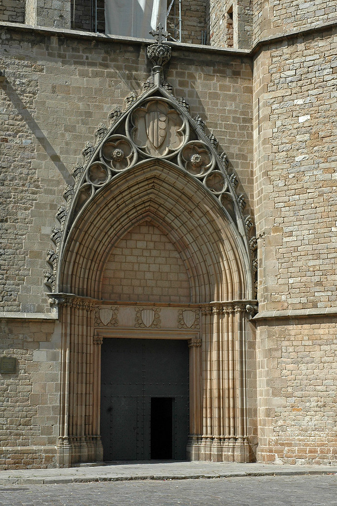 Monestir de Pedralbes  Més informació: www.monestirs.cat ...