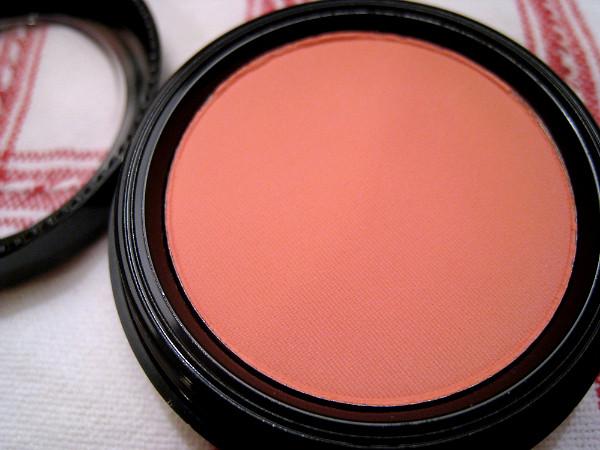 gabriel cosmetics   apricot blush