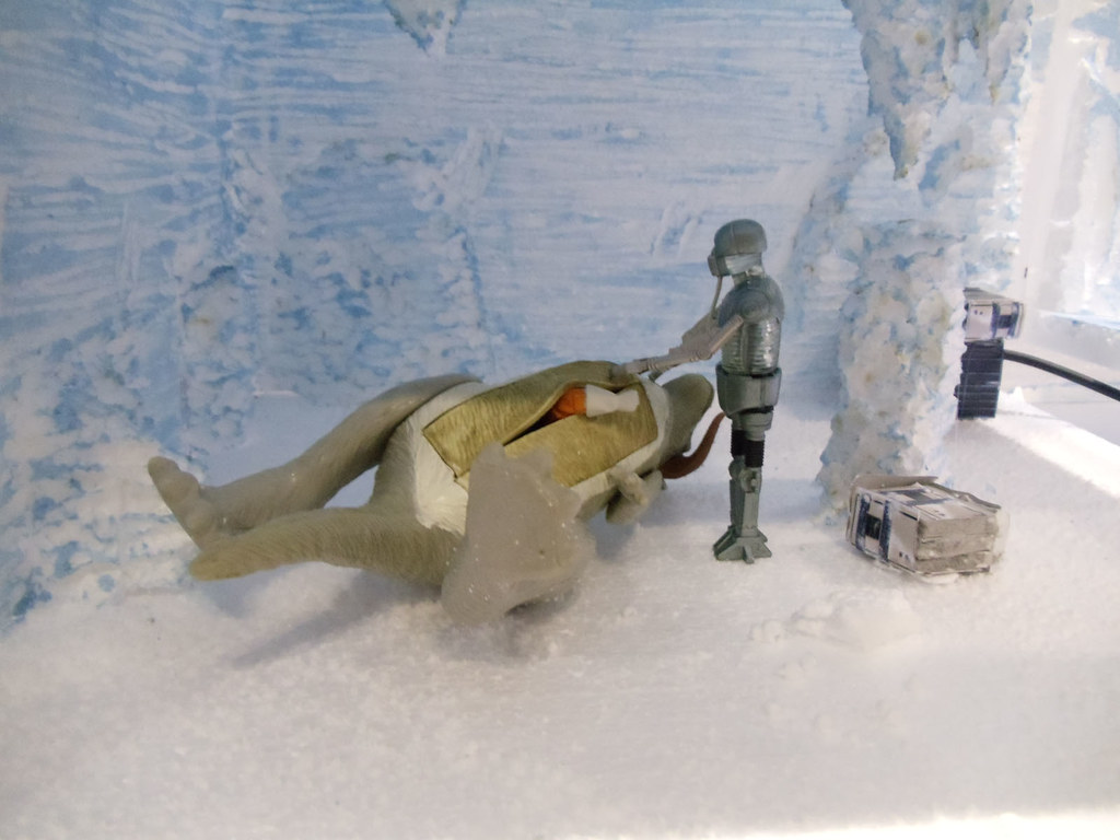 Star Wars Celebration V Hoth Echo Base Battle Diorama Flickr Visval Khaki Removing Luke From The Tauntaun