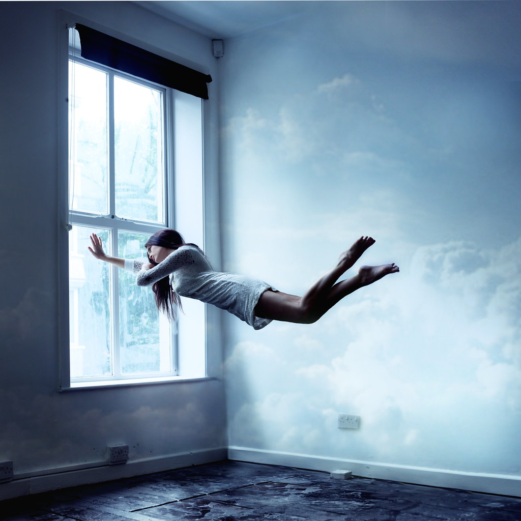 3 Techniques for Transforming Sleep Paralysis into a Lucid Dream