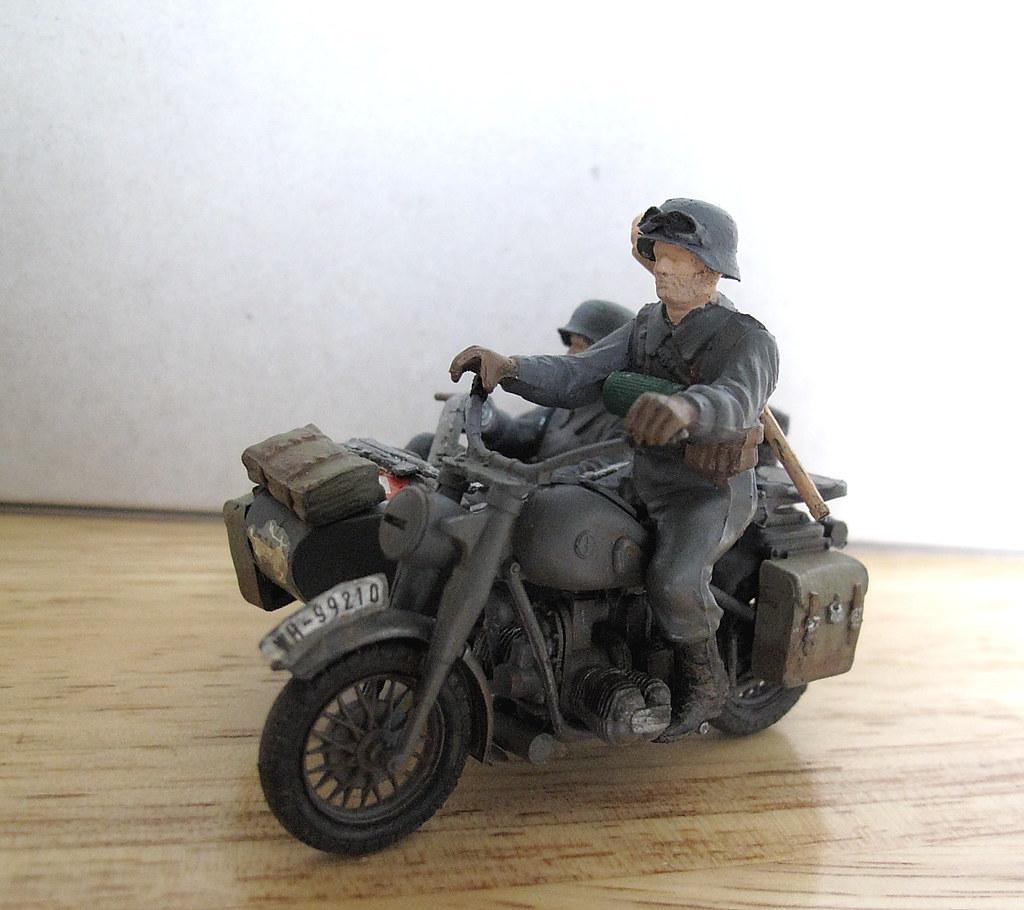 Tamiya 1 35 Bmw R75 German Motorcycle Went For Bigger