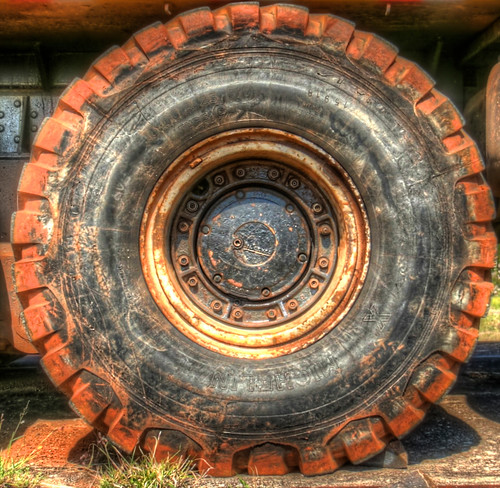 Square Tire? | by jacsonquerubin
