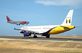 2 aircrafts at Faro Airport | by Valter Jacinto | Portugal