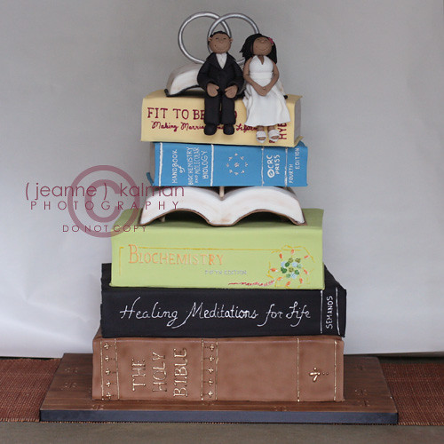 book wedding cakes stack of books wedding i getting orders for 12095