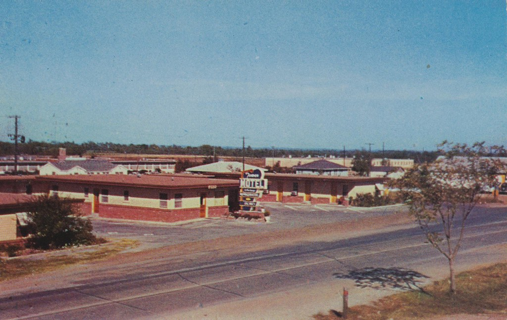 Tower Motel - Hugo, Oklahoma