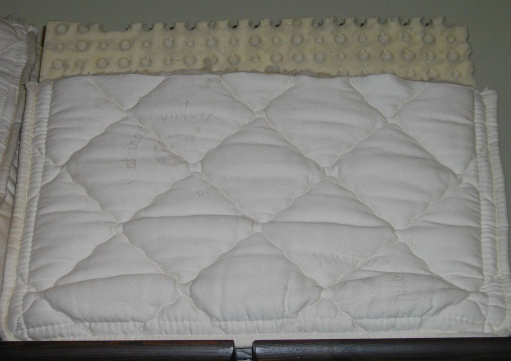Mattress Cover For Queen Size Bed Pirce