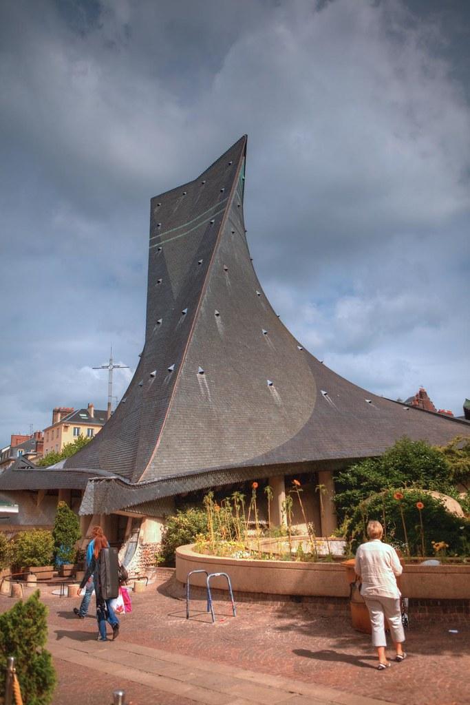 Glise sainte jeanne d 39 arc de rouen place du vieux march for 3f haute normandie