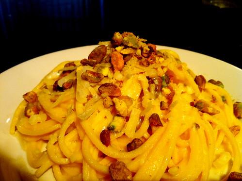 Chitarrine with lemon and pistachio cream sauce