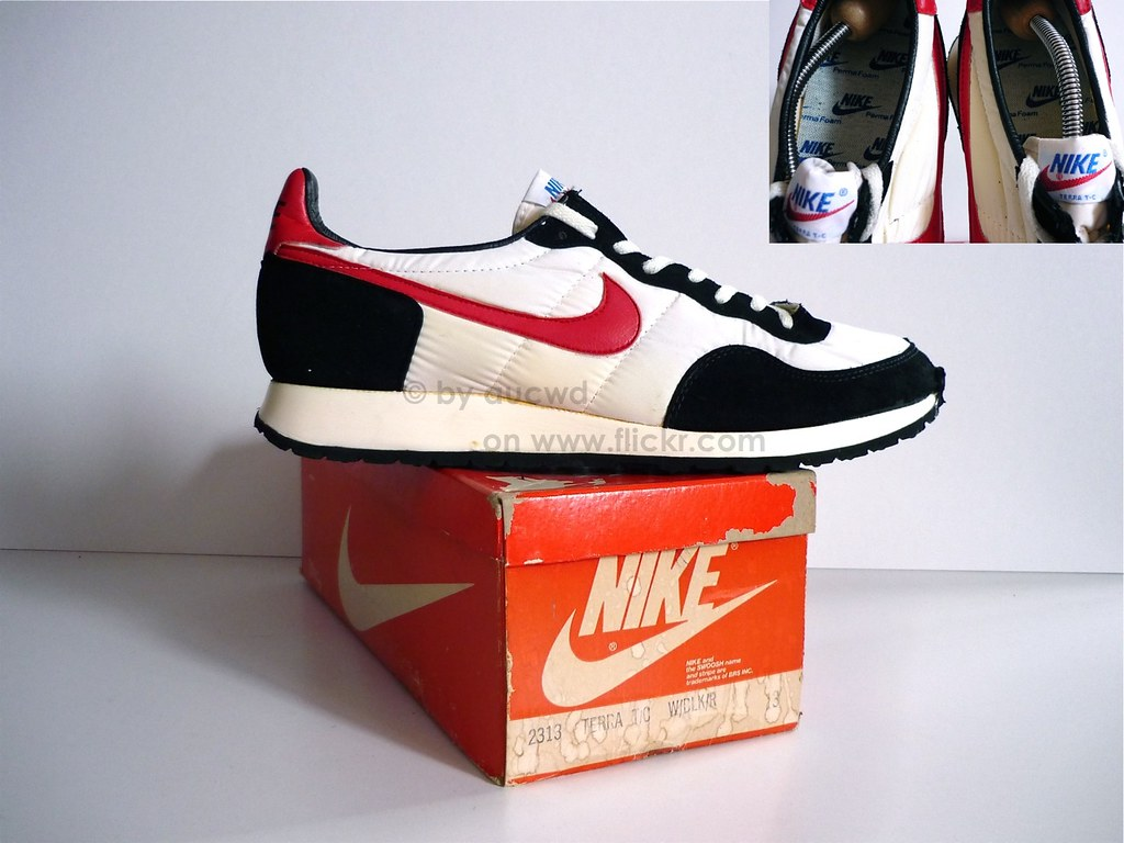 C Nike Shoes
