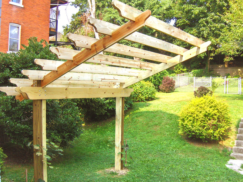 Cantilevered Pergola Step 5 Front Front View Of Pergola