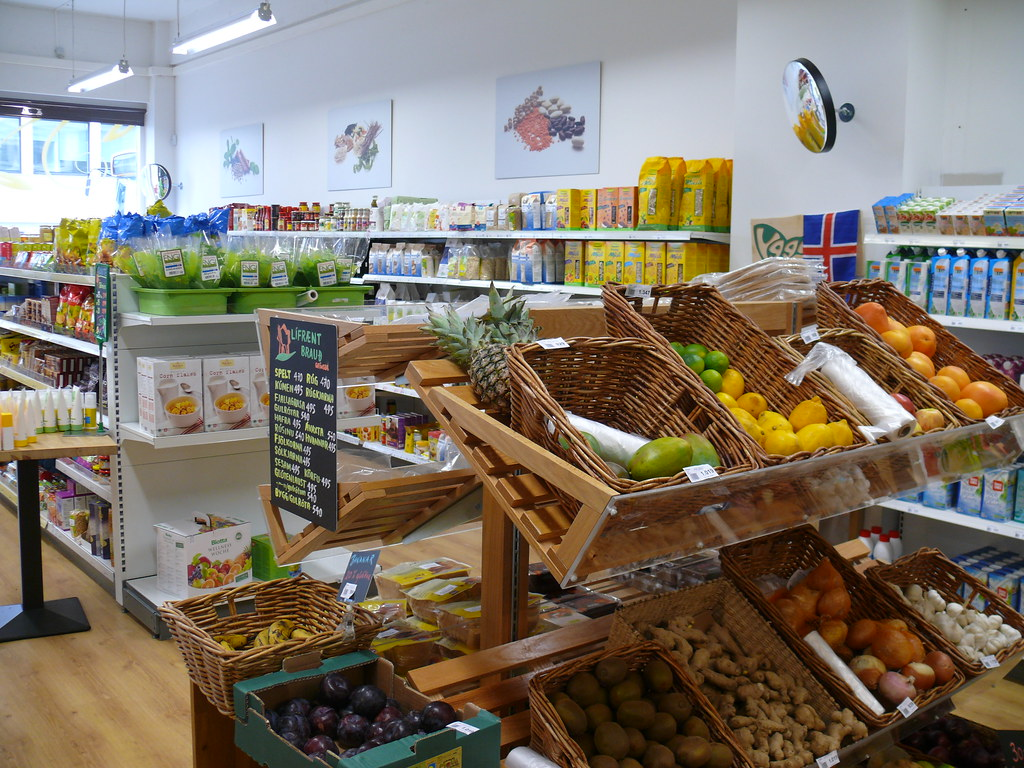 Reykjav k health food store 5 a health food store in for Cuisine store