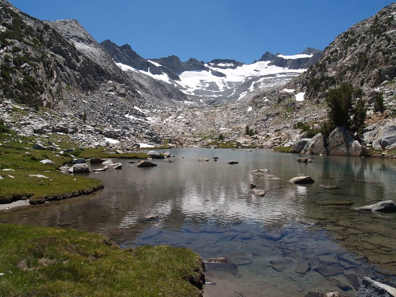 The Lyell Glacier and Mount Lyell (far right) from where the PCT crosses the Lyell Fork of the Tuolumne River