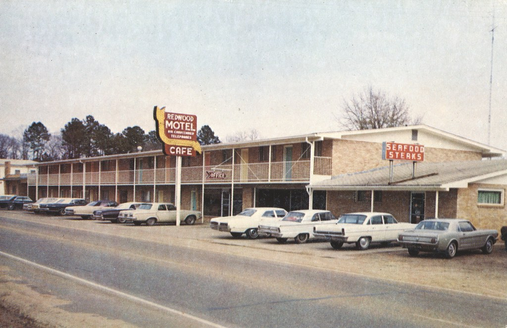Redwood Motel - Leesville, Louisiana