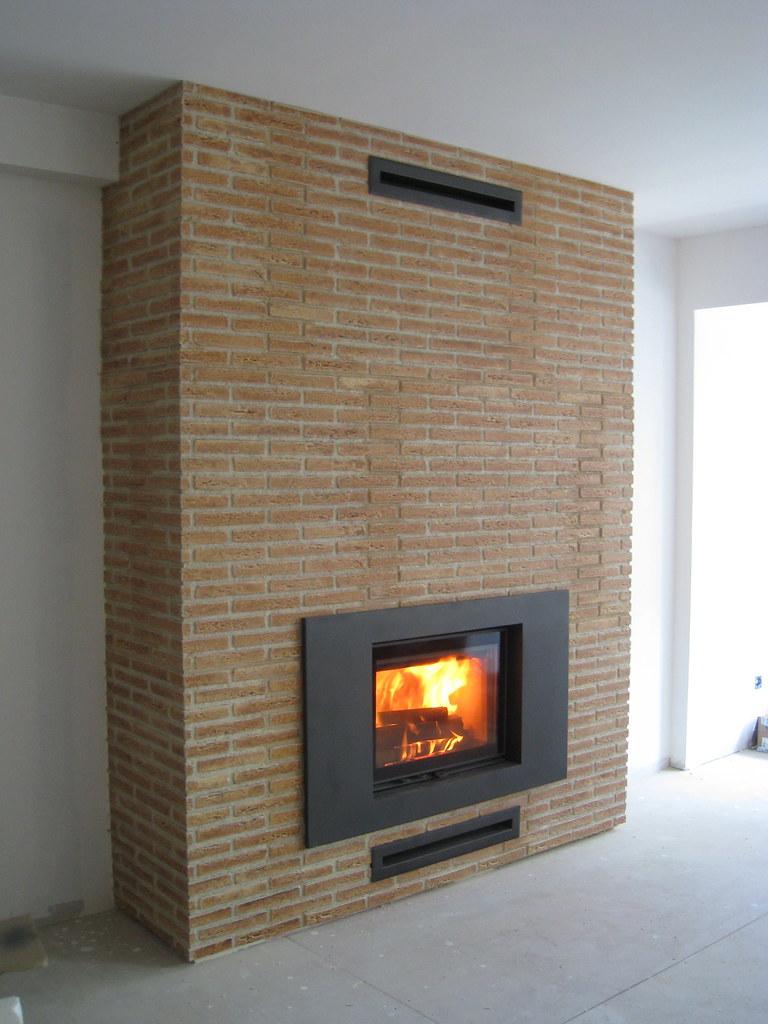 Chimenea quento ladrillo visto y hogar dovre 2175 www for Construccion de chimeneas de ladrillo