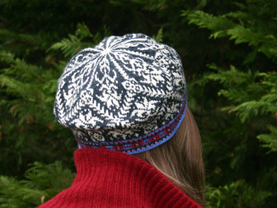 Amaryllis Hat, a Norwegian and Fair Isle style stranded kn… | Flickr