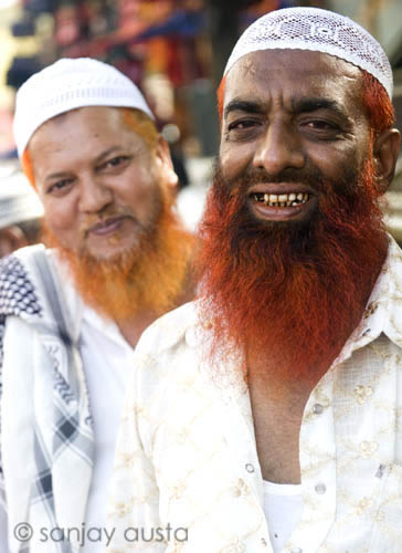 Henna Dyed Bearded Men At Charminar Hyderabad India Flickr