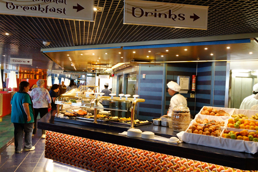 Holland America Oosterdam Lido Buffet | Ronald Woan | Flickr