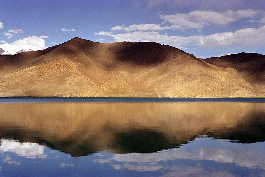 Karakul Lake Xinjiang Lake Karakul Xinjiang China