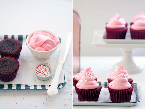 pink (red) velvet cupcakes | by Cindy | Hungry Girl por Vida