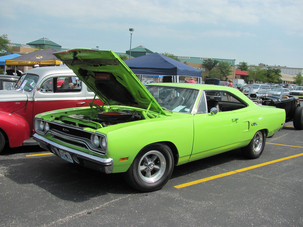 Plymouth GTX At Route Classic Car Show Crestwood Flickr - Route 66 classic car show