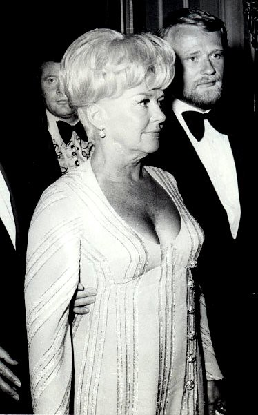 betty grable and bob remick at the 1972 academy awards