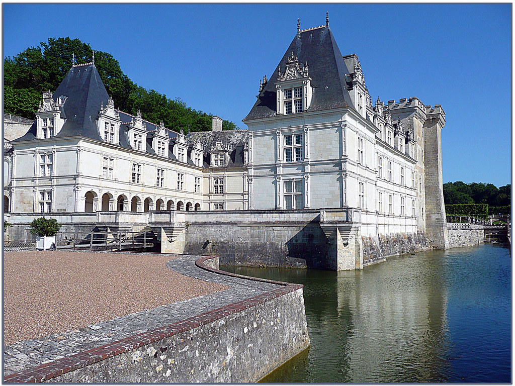 Villandry le ch teau de villandry est un ch teau de la for L interieur d un chateau d eau