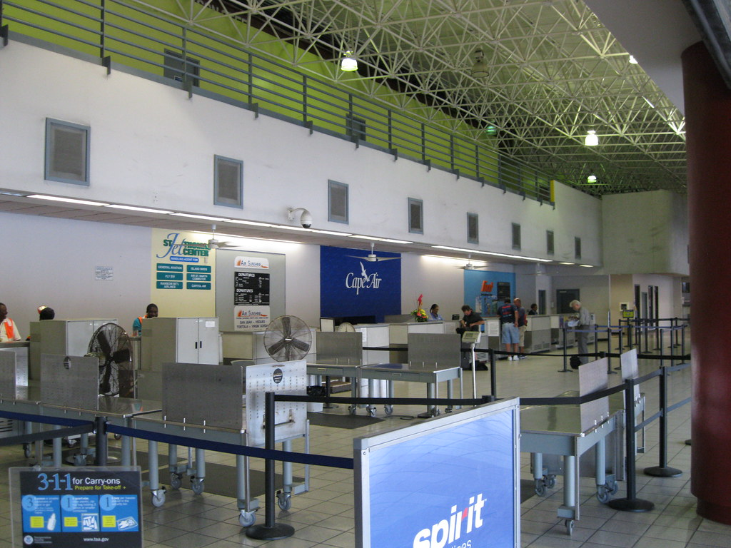 Cyril E. King International Airport (KSTT) Terminal | Flickr American Airlines